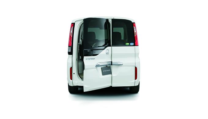 5代目RP型ステップワゴンのサイズを徹底ご紹介!車体・室内・荷室・スライドドアとわくわくゲートの開口部など